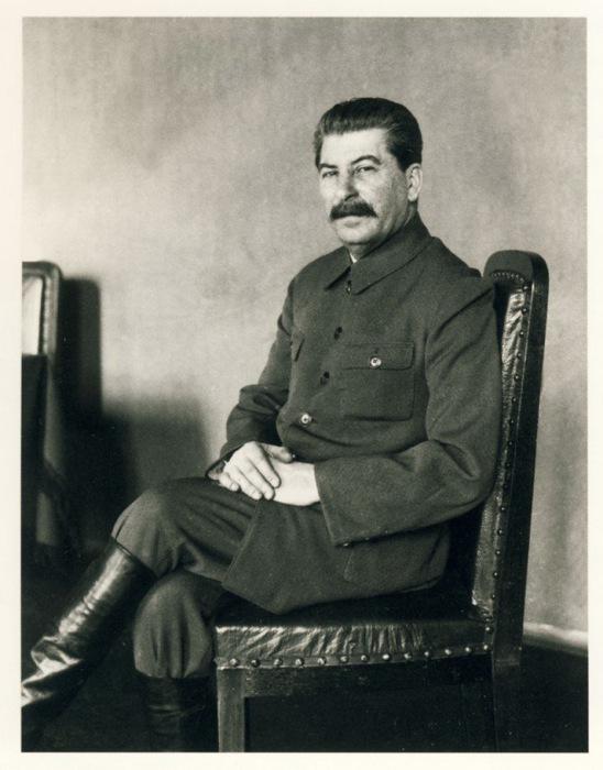 Сталин позирует Джеймсу Эббе