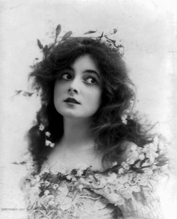Мари Доро (1882−1956)