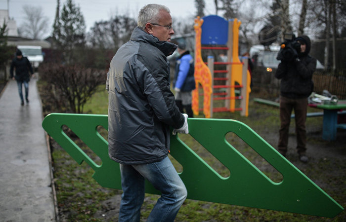 Банкир Лебедев в тульском селе| © РИА Новости / Владимир Астапкович