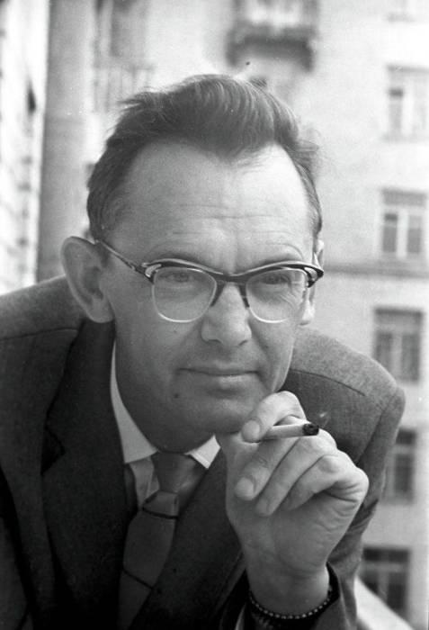 Леонид Иович Гайдай, фото в молодости