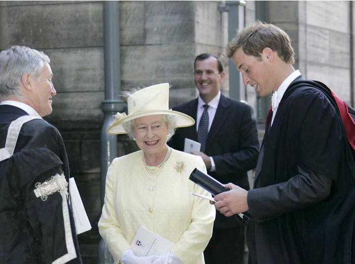Принц Уильям получает диплом Сент-Эндрюсского университета