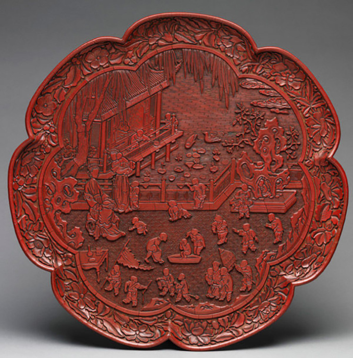 Самая большая коллекция китайских резных лаков в нашей стране хранится в Музее Востока