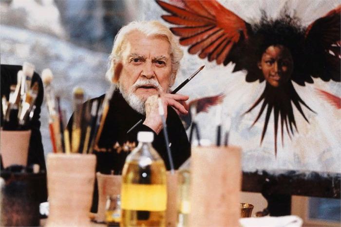Жан Маре - французский актёр, постановщик, писатель, каскадёр, художник и скульптор