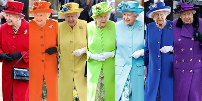 Яркие цвета – еще одна «изюминка» нарядов королевы