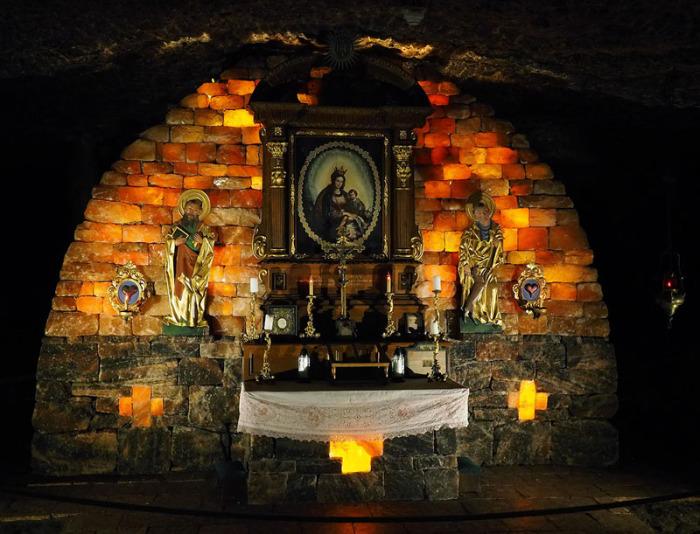 Подземная капелла Святой Барбары в шахте Альтаусзее