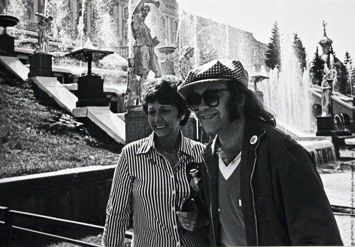 Элтон Джон с матерью в Петергофе, 1979 год