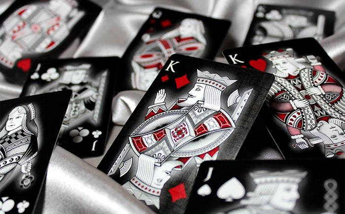 Что означают карточные фигуры и масти: Забытая символика самой популярной игры