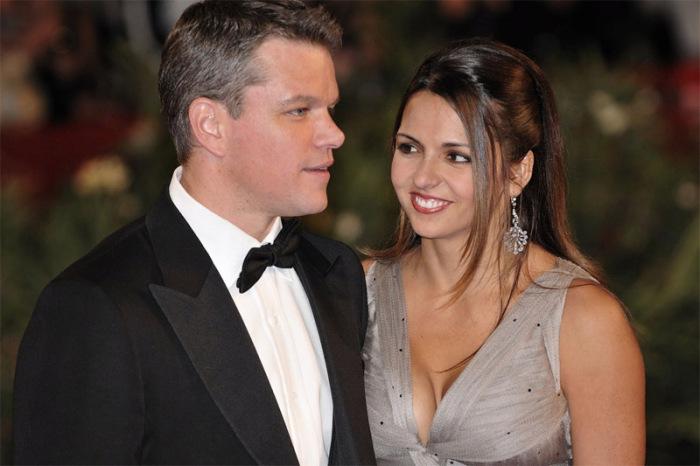 Мэтт Деймон со своей женой Люсией Барросо в 2009 году