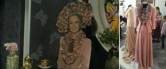 Кадр из фильма «Идеальный муж» и фото костюма Людмилы Гурченко в Музее Мосфильма