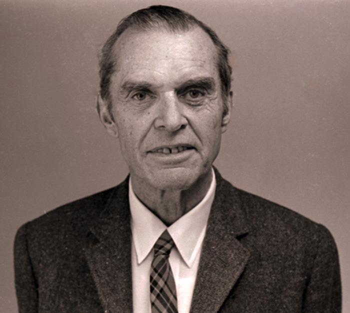 Известный американский орнитолог Джеймс Бонд, подаривший, согласно официальной версии, свое имя знаменитому литературному шпиону