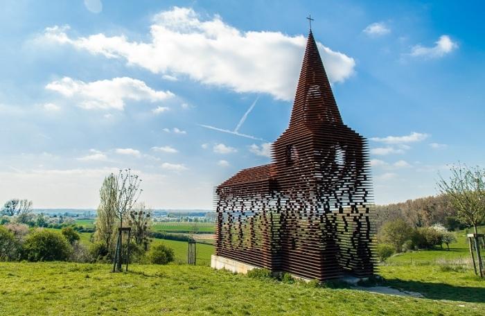 Церковь Reading between the lines, Бельгия, построена в 2011 году