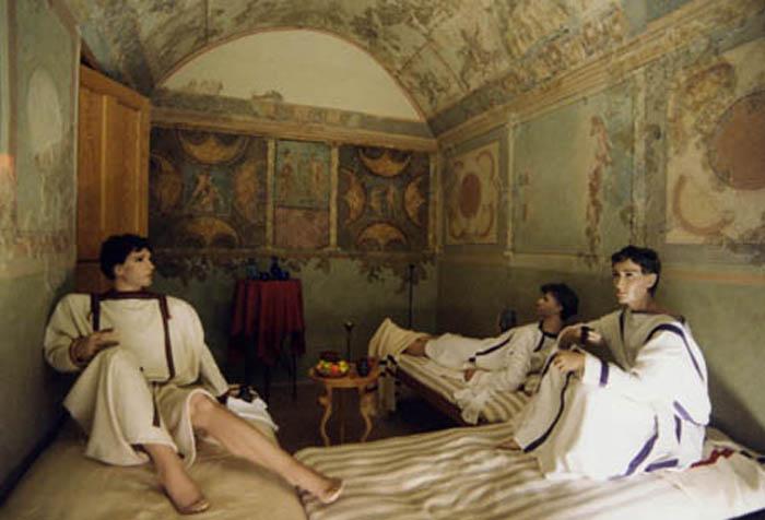 Отдых римских патрициев – реконструкция в музее Заальбурга