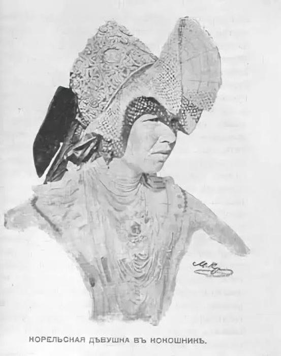 Девушка-карелка в национальном головном уборе
