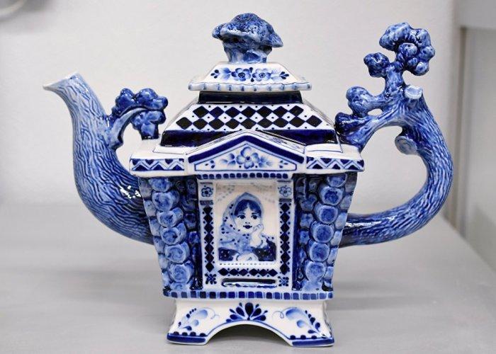 К 1812 году в Гжели выпускали посуду уже 25 заводов