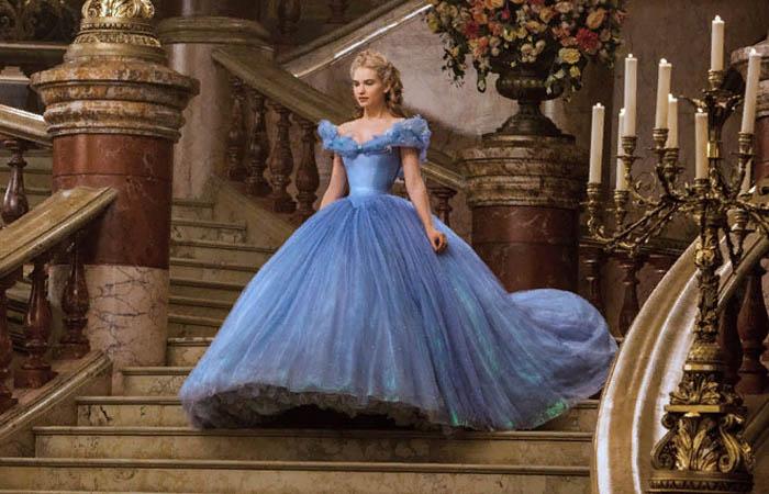 Голубое платье Золушки – один из самых сложных нарядов в кино