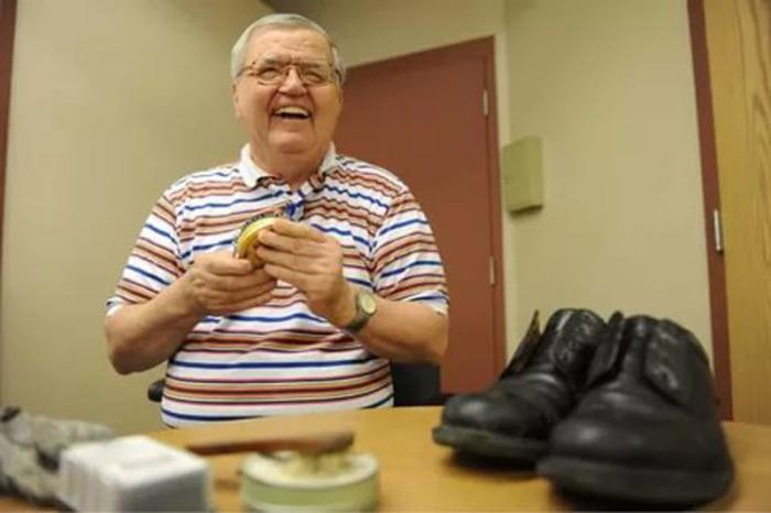 о словам директора госпиталя, Альберт Лекси был очень счастливым человеком