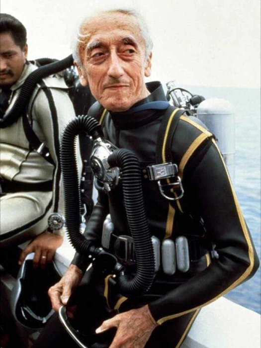 Жак Ив Кусто – изобретатель автономного дыхательного аппарата для подводного плавания