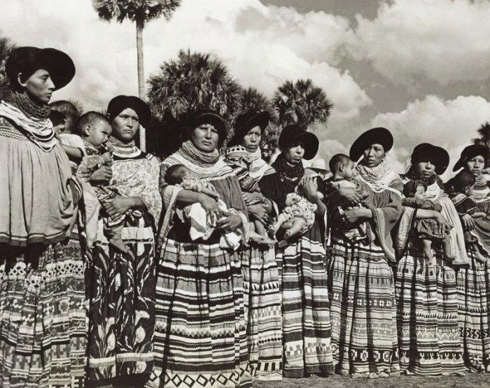 Индейцы племени семинолов, фото Чарльза Эббетса