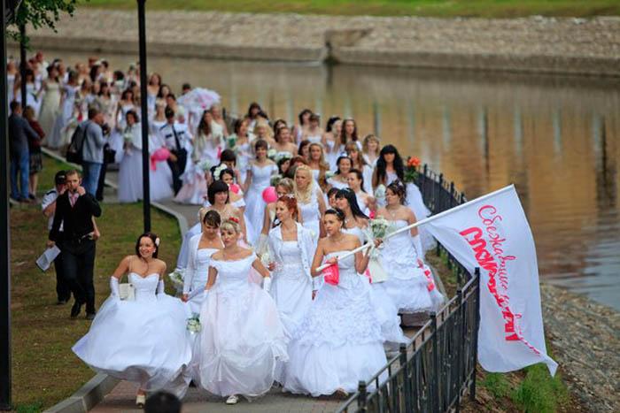 Парад невест – самое позитивное весеннее шоу