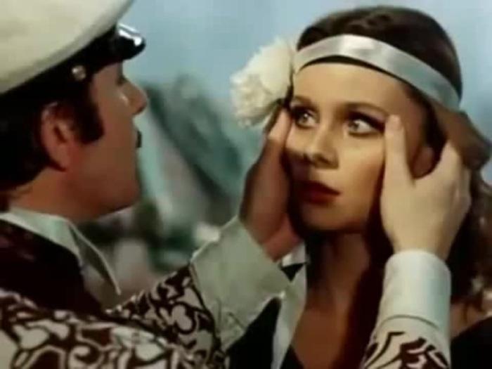 Андрей Миронов и Любовь Полищук в фильме «12 стульев», 1976 год