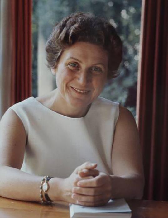 Всего Светлана написала 4 книги воспоминаний. Все они издавались за рубежом огромными тиражами