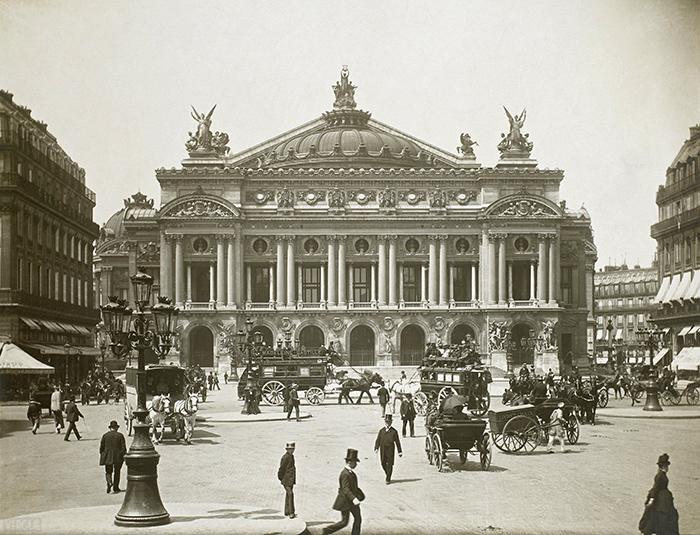 Здание Парижской оперы, фотография XIX века
