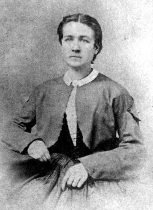 Люси Хоббс Тейлор - первая женщина в США, получившая образование врача-стоматолога