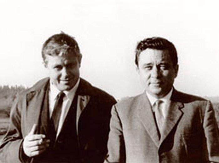 Донатас Банионис и Конон Молодый во время съемок фильма «Мертвый сезон»