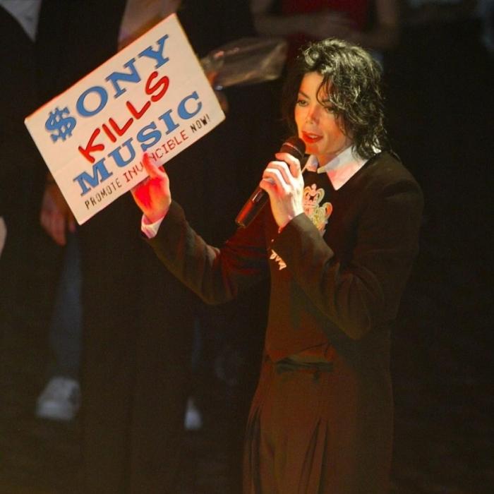 После выхода альбома Invincible в 2002 году между Майклом Джексоном и его лейблом звукозаписи Sony Music произошел серьезный разлад