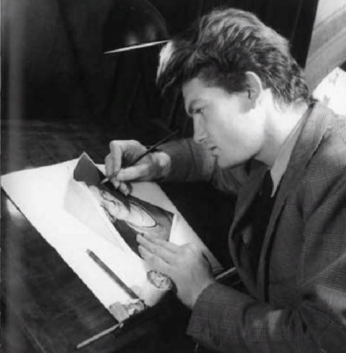 Жан Маре в молодости работал в фотостудии