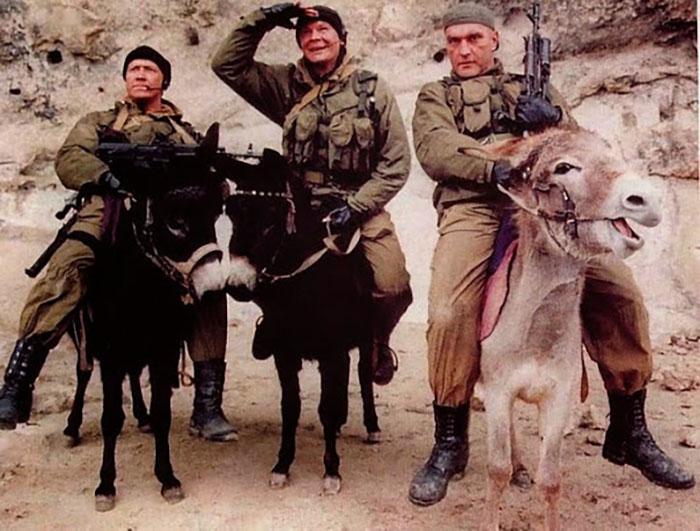 Кадр из сериала «Спецназ», 2002 год