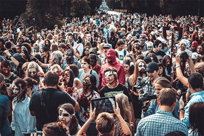 Парад Зомби в Москве – не самое красивое мероприятие, но очень популярно у молодежи