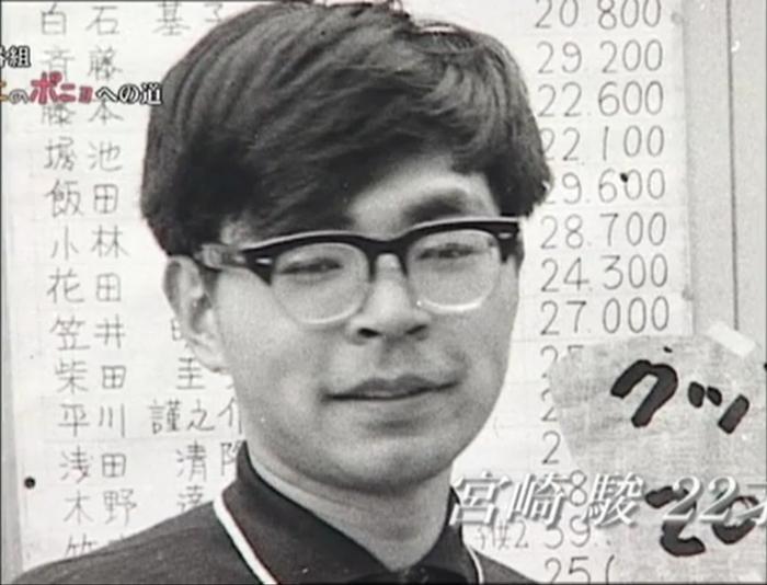 Хаяо Миядзаки в самом начале карьеры, грядущему специалисту анимации 22 года
