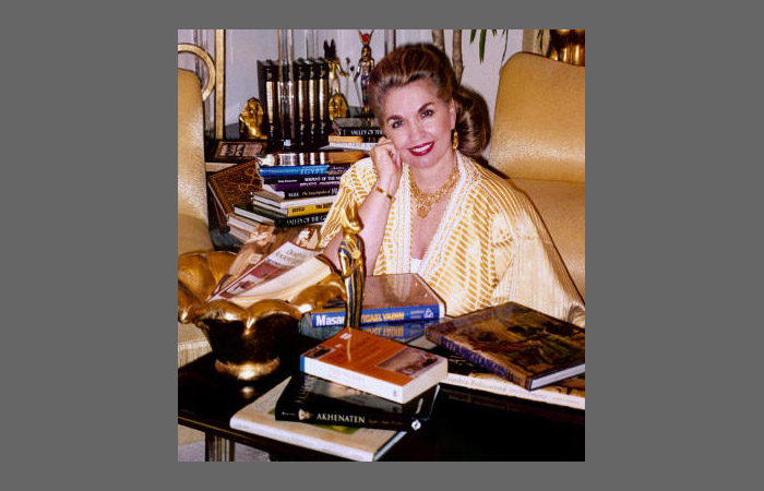 Джин П. Сэссон, автор трилогии «Мемуары принцессы»