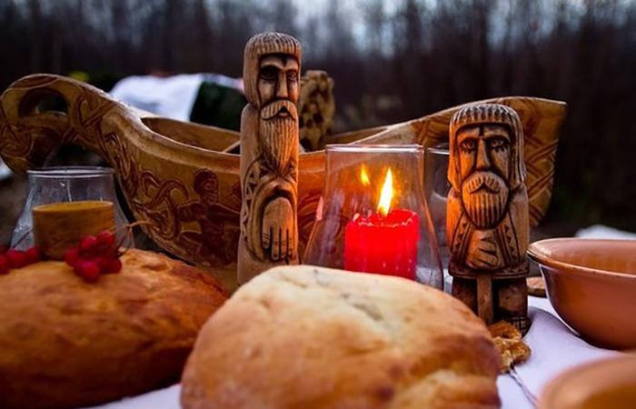 Старинный славянский праздник связан с культом предков и сменой времен года
