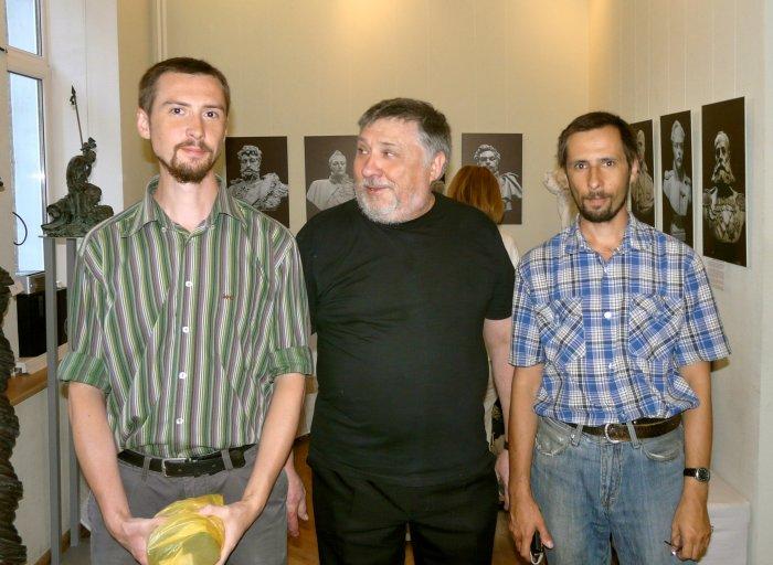 Сыновья Пётр и Иван с отцом, фото из семейного архива