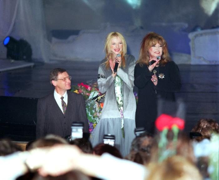 Алла Пугачёва и Миколас Орбакас с дочерью. / Фото: www.svpressa.ru