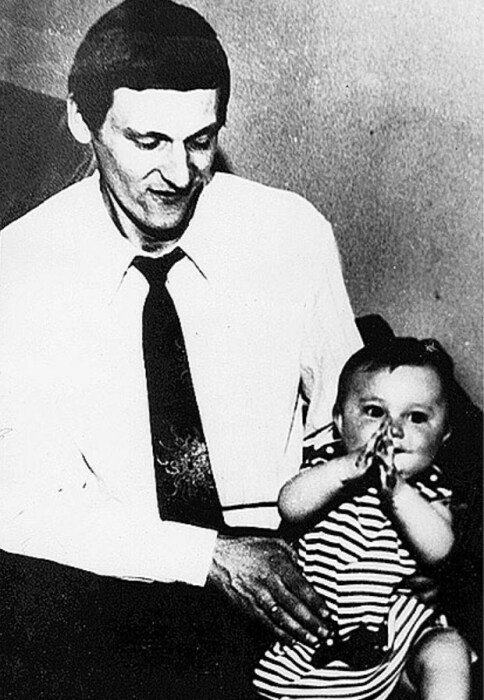 Миколас Орбакас с дочерью. / Фото: www.eg.ru