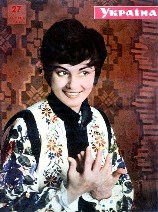 Именно такой увидел Анатолий Евдокименко юную Софию Ротару. / Фото: www.sofiarotaru.com