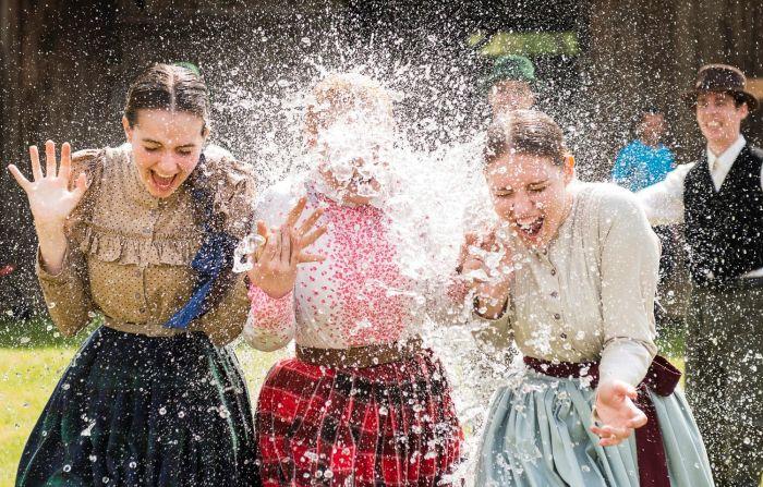 В Словакии очень весело на Пасху. / Фото: www.kozepsuli.hu