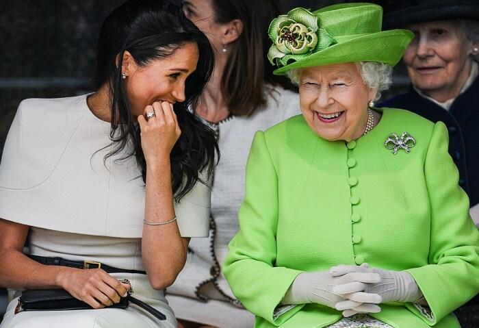 Королева Великобритании и Меган Маркл. / Фото: www.znaj.ua
