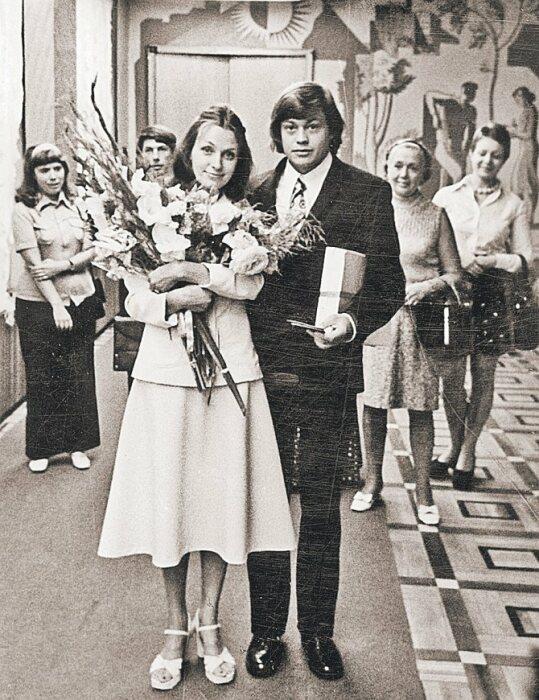 Людмила Поргина и Николай Караченцов. / Фото: www.kinorebus.ru