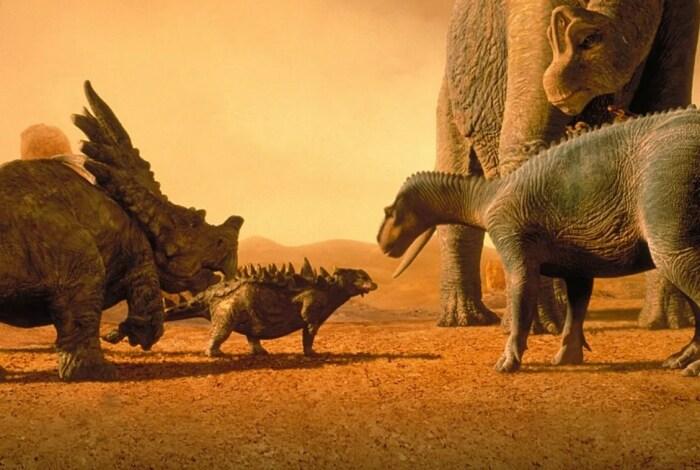 Кадр из мультфильма «Динозавр». / Фото: www.kinopoisk.ru