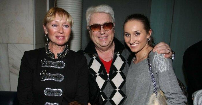 Анастасия Винокур с родителями. / Фото: www.domashnyochag.ru