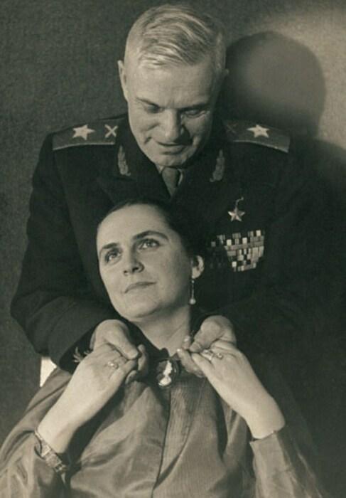 Василий и Светлана Казаковы. / Фото: www.marshalkazakov.ru