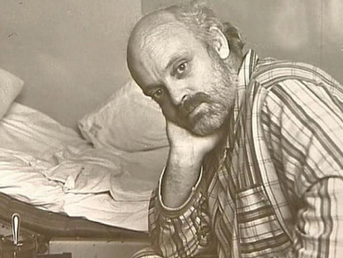 Владислав Дворжецкий в больнице. / Фото: www.persons-info.com