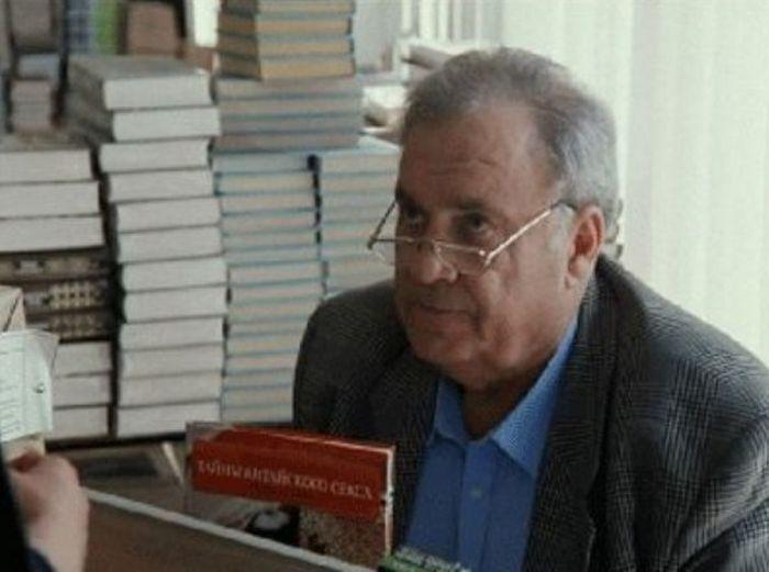 Эльдар Рязанов в фильме «Привет, дуралеи!» / Фото: www.kino-teatr.ru.