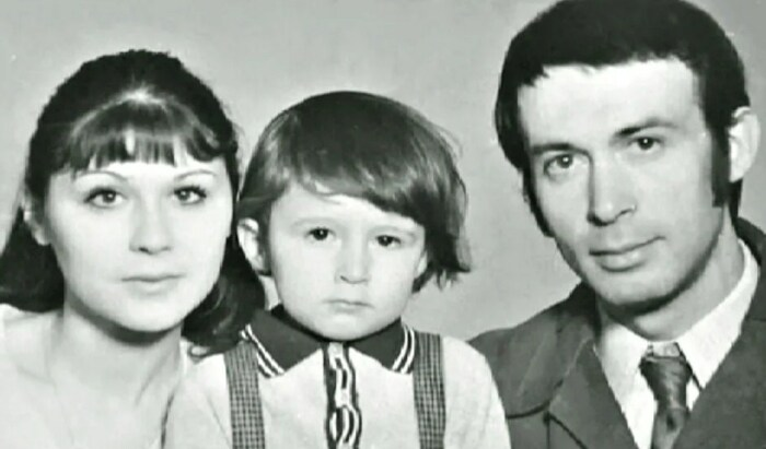 Галина Веневитинова с мужем и сыном. / Фото: www.yandex.net