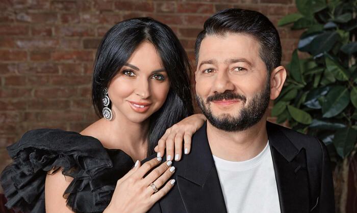 Михаил Галустян и Виктория Штефанец. / Фото: www.admbabynino.ru
