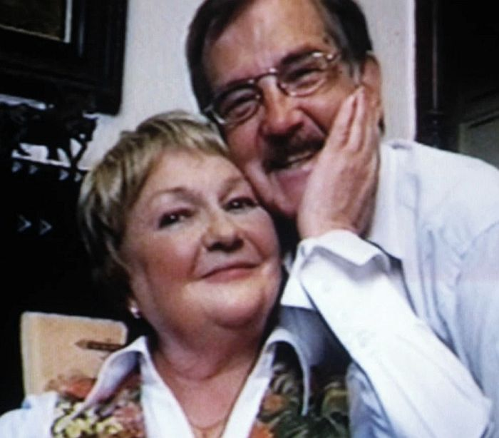 Людмила Мызникова с любимым мужем Олегом Белинским. / Фото: www.yandex.net